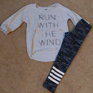 5t quarter sleeve top and leggings outfit